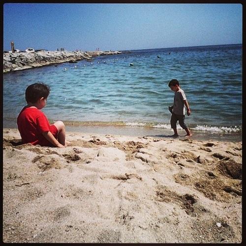Lauren ORourke ITA Alumni Barcelona kids beach