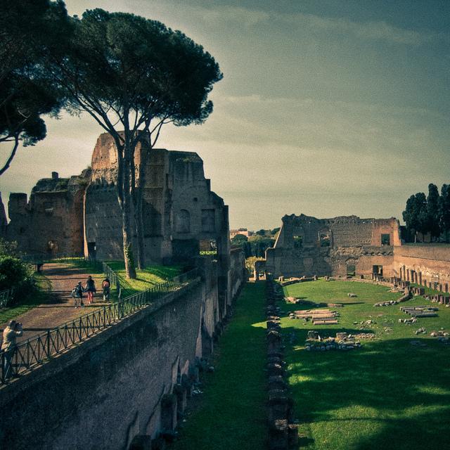rome-arches-TEFL