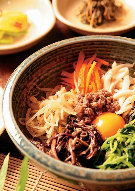 korea-teacher-food