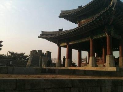 Cameron Shenassa Teaching English in Seoul South Korea