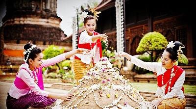 Teaching English in Thailand - Songkran