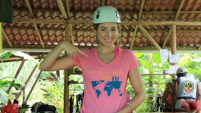 650-Cassie-helmet-costa-rica-TEFL.jpg