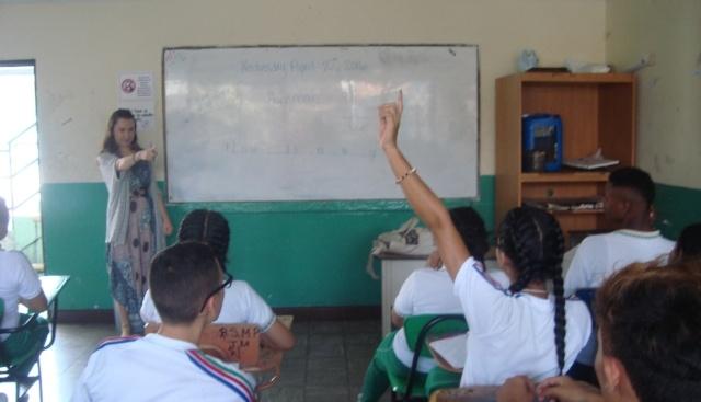 650-Colombia-Sara-McKinney-class-students.jpg