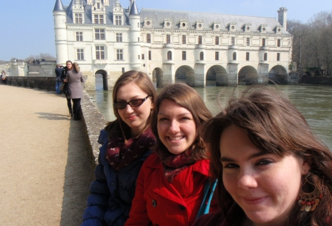 teach english abroad in france