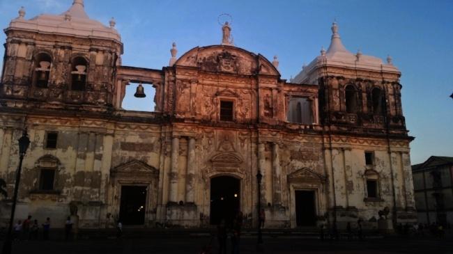 650-Leon-cathedral-nicaragua-pb.jpg