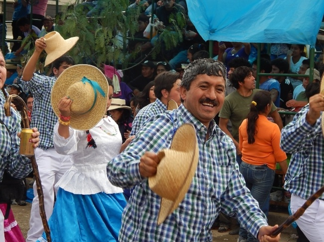 650-Peru-festival-pb.jpg