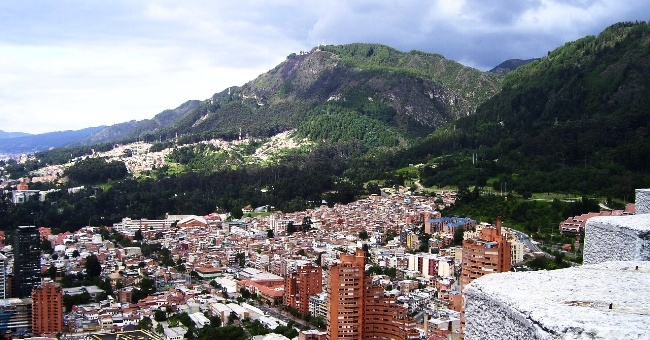 650-bogota-colombia-skyline-mountain-pb.jpg
