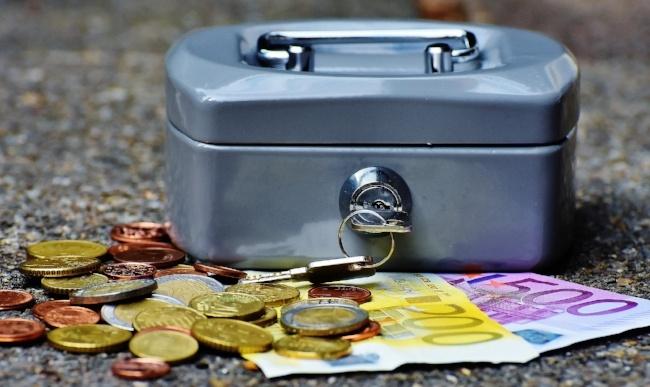 650-cashbox-money-currency-pb.jpg