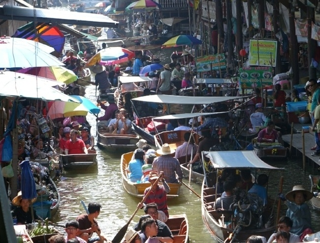 Floating Markets in Bangkok Thailand