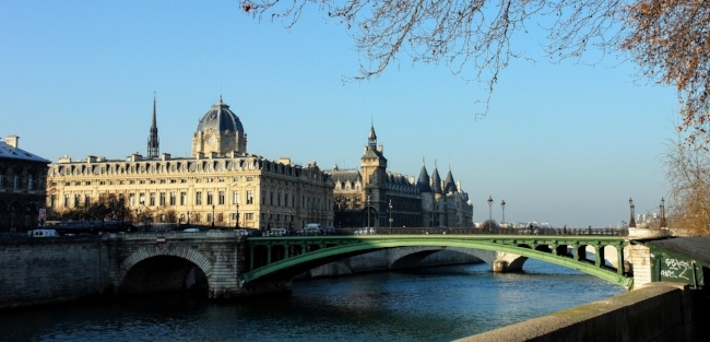 Teaching English in Paris