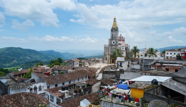 Experience Cinco de Mayo while teaching English in Mexico