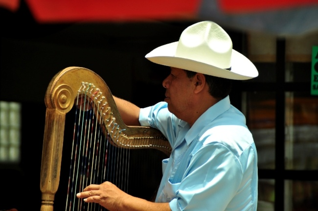 Experience Mexican culture while teaching English abroad