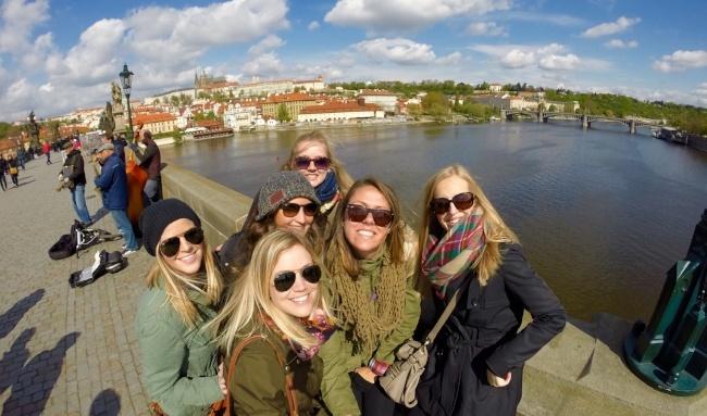 Can I get a Visa to teach English in Czech Republic?