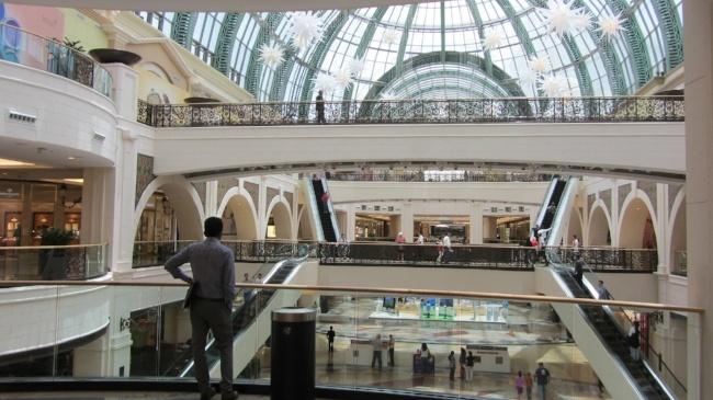 650-shopping-mall-dubai-emirates-pb.jpg