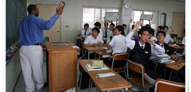 Choosing the Best TEFL Class for teaching English Abroad
