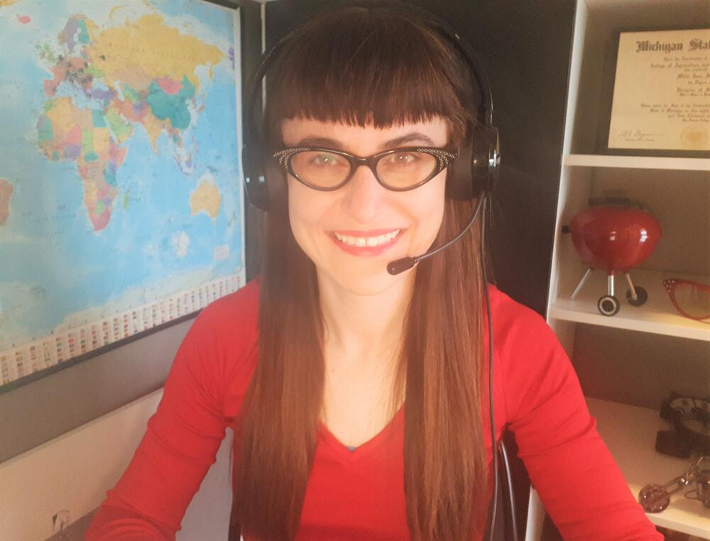 Amelia Simkins - Teaching English Online