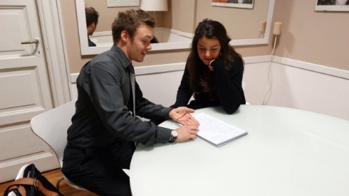 How to find job as an English tutor overseas
