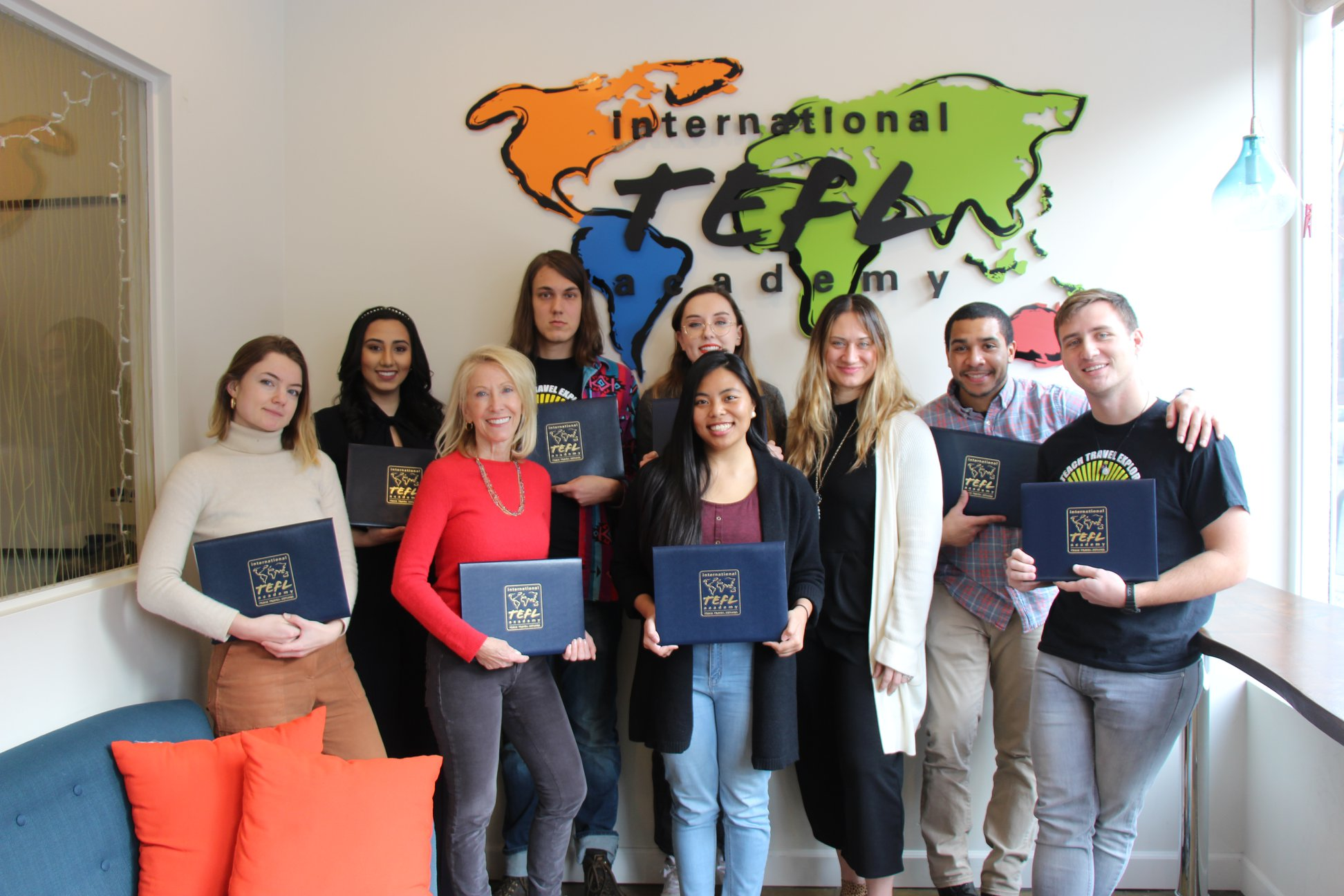 7 Critical Mistakes to Avoid When Choosing the Best TEFL Course