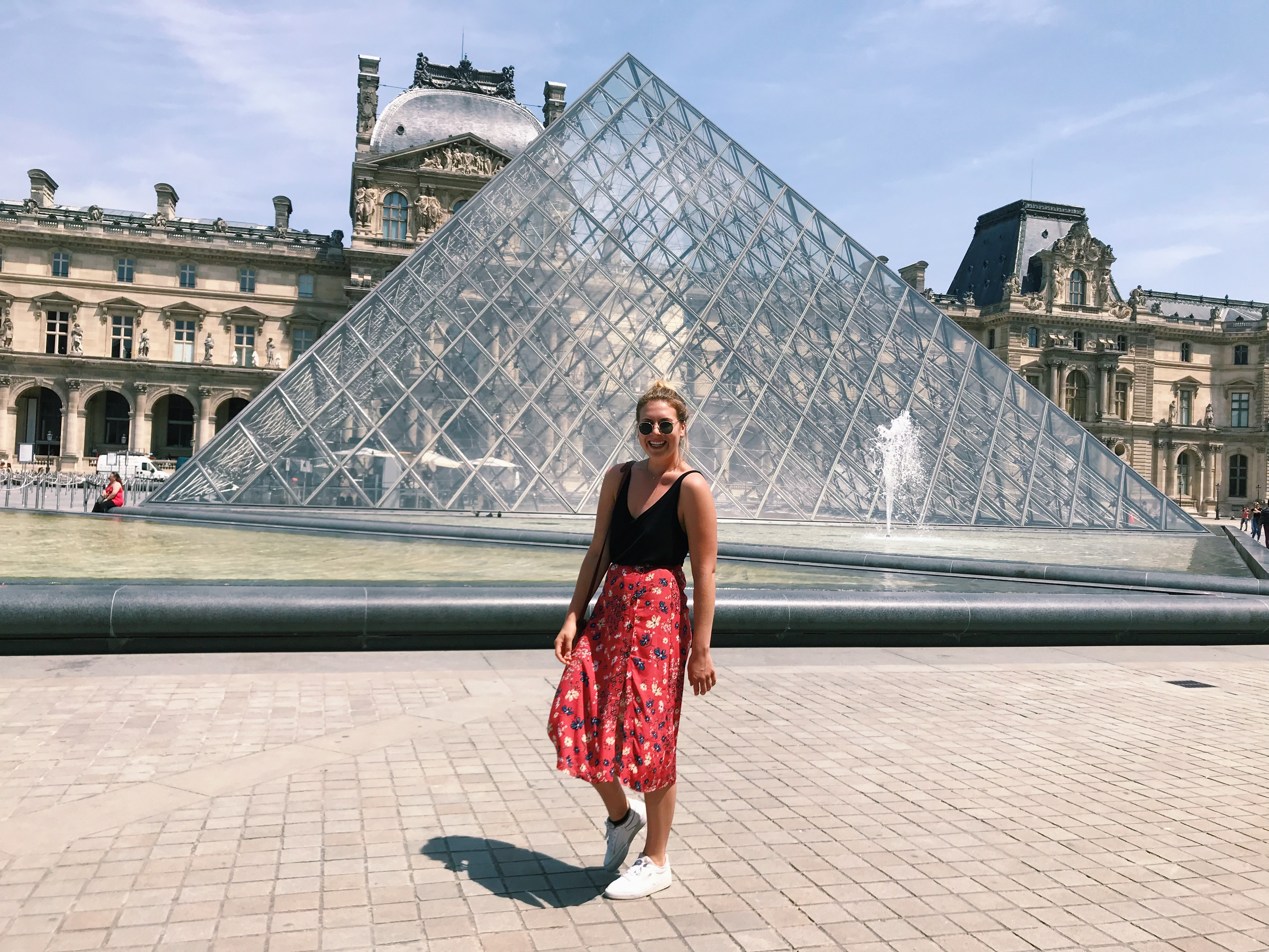 How to Obtain a Student Visa to Legally Teach English in France for Americans