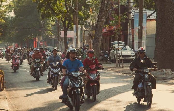 Laura Nalin - Ho Chi Minh City, Vietnam - Motorbike Riders-565568-edited