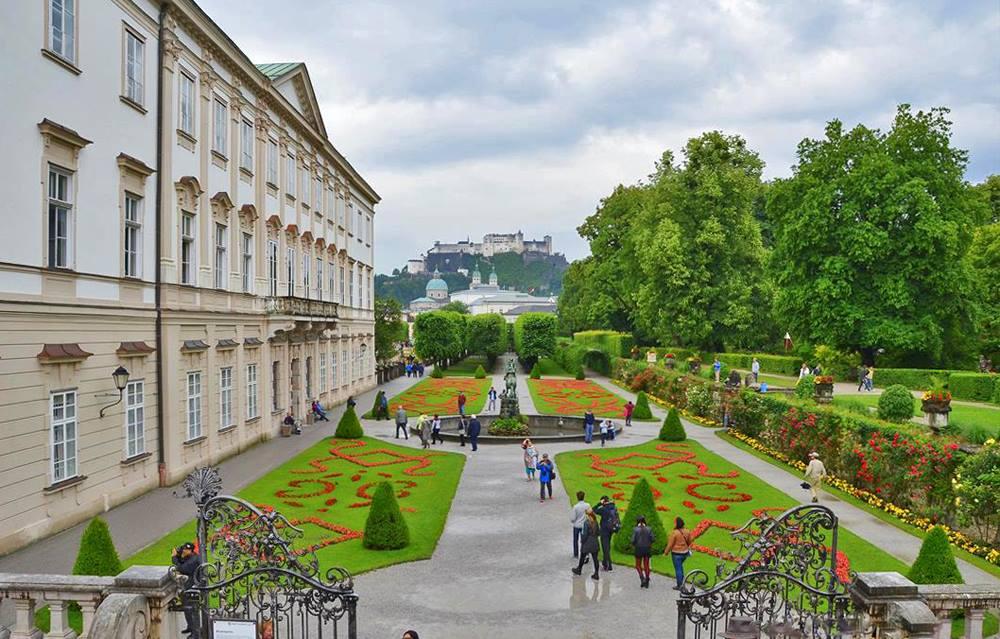 Teach English in Austria