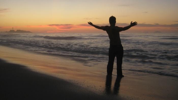 Mike_Opaliski_Brazil_Rio_de_Janeiro_Starting_a_New_Day_on_Ipanema_Beach-2-418621-edited-769792-edited.jpg