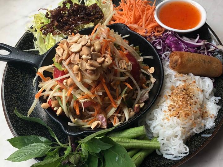 Nicola Rae - Bangkok, Thailand - Food - Veganerie