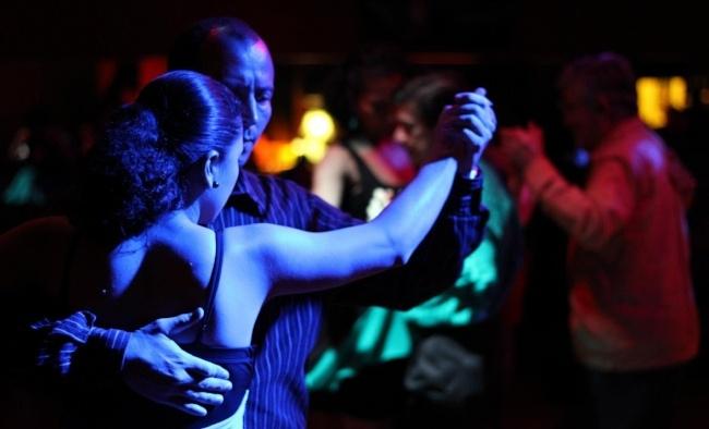 Tango-argentina-buenos-aires-pb-1-104608-edited.jpg