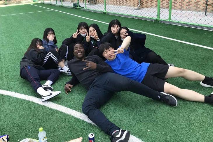 Tim Unaegbu - Geochang - South Korea - Classroom - Students 4-1