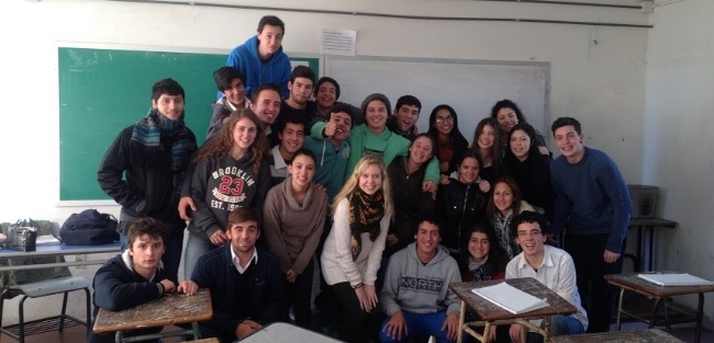 What is better: TEFL or CELTA?