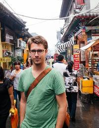 Benefits of teaching English in China