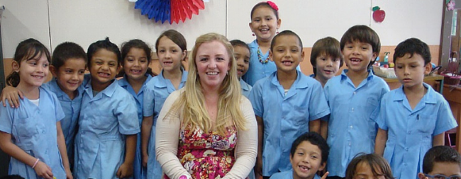how to get a visa for teaching English in Costa Rica