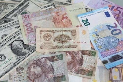 currency-money-financial-901020-edited.jpg