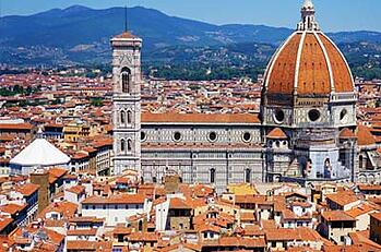 Housing Options are not included in The Florence TEFL Course