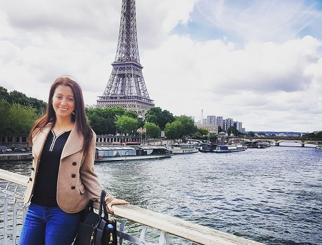 Americans teaching English in France