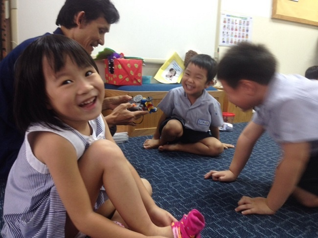Get your TEFL certification and teach children English in Thailand