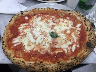 Alyssa_Darah-Italy-Naples-Eat._Pray._Pizza..jpg