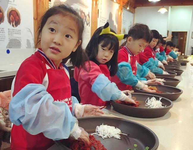 Korea-Elizabeth-Feyh26.jpg