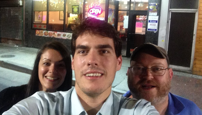 how not to take a bad selfie while teaching English abroad