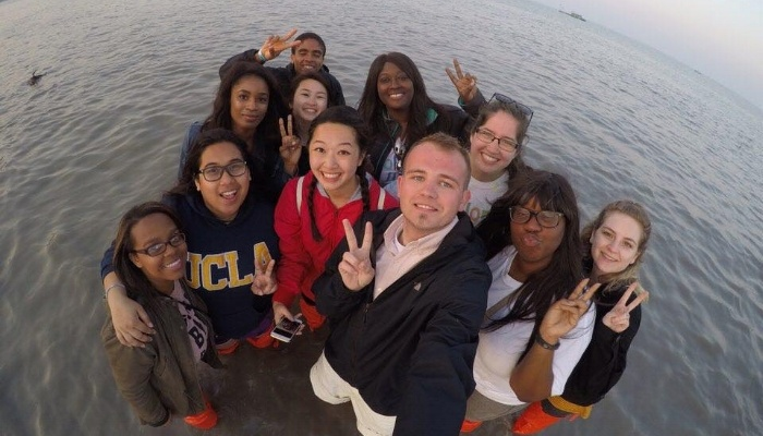 great selfie example while teaching English abroad