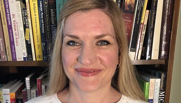 Dr. Shannon Lewis | Online TEFL Course Instructor