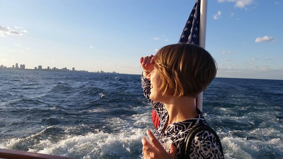 boat_cruise_1.jpg