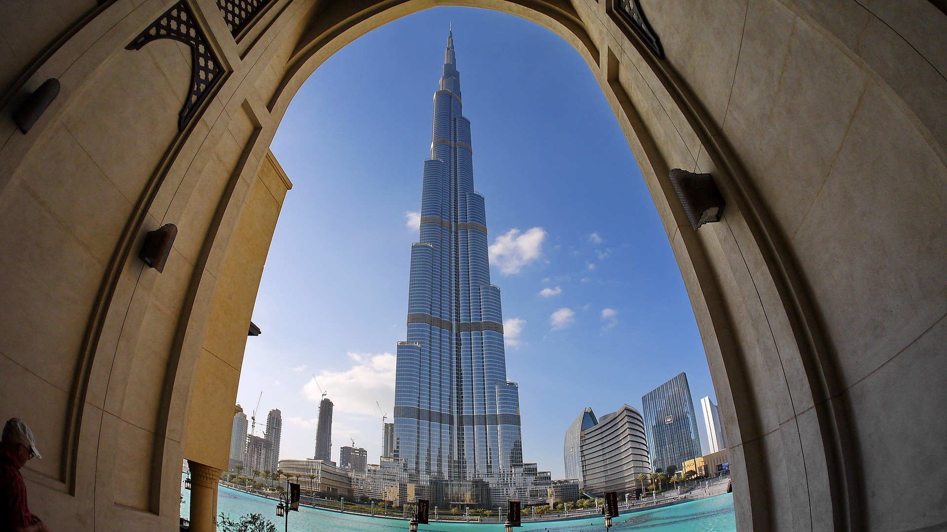 What are the Requirements to Teach English in the UAE in 2020? [Including Dubai & Abu Dhabi]